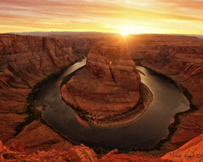 Horseshoe Bend in Arizona – Good Spot for Travel Photography