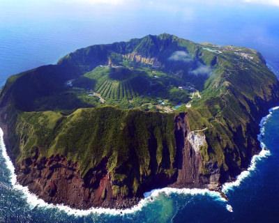Jurassic Park Set in Aogashima
