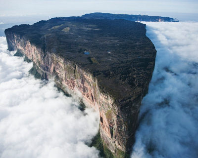 Mount Roraima – The Edge of the World in South America