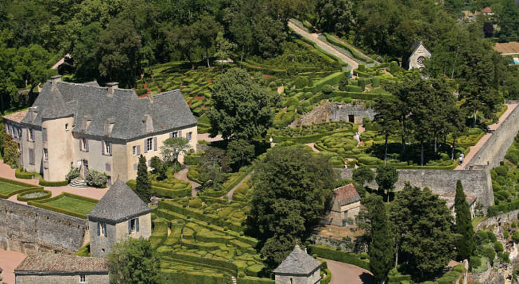 The Château and gardens Of Marqueyssac, France (6)