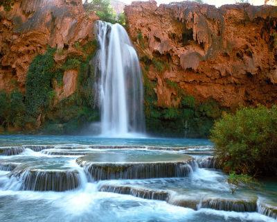 Swim Under The Havasu Falls in Grand Canyon, USA