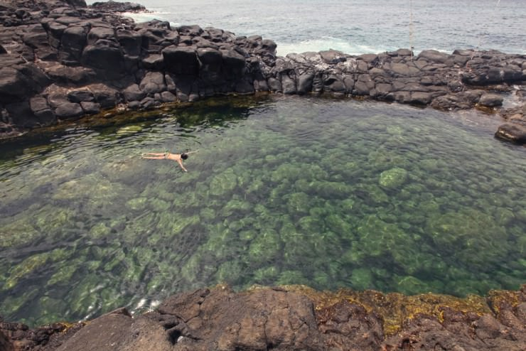 Amazing Swim in a Natural Pool of Queen's Bath, Hawaii