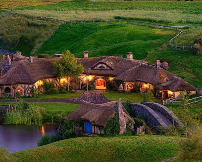 The Green Dragon Pub in Hobbit Village Hobbiton, New Zealand
