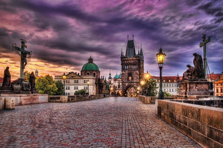 Top 10 medieval towns in the world places to see in your for Medieval hotel prague