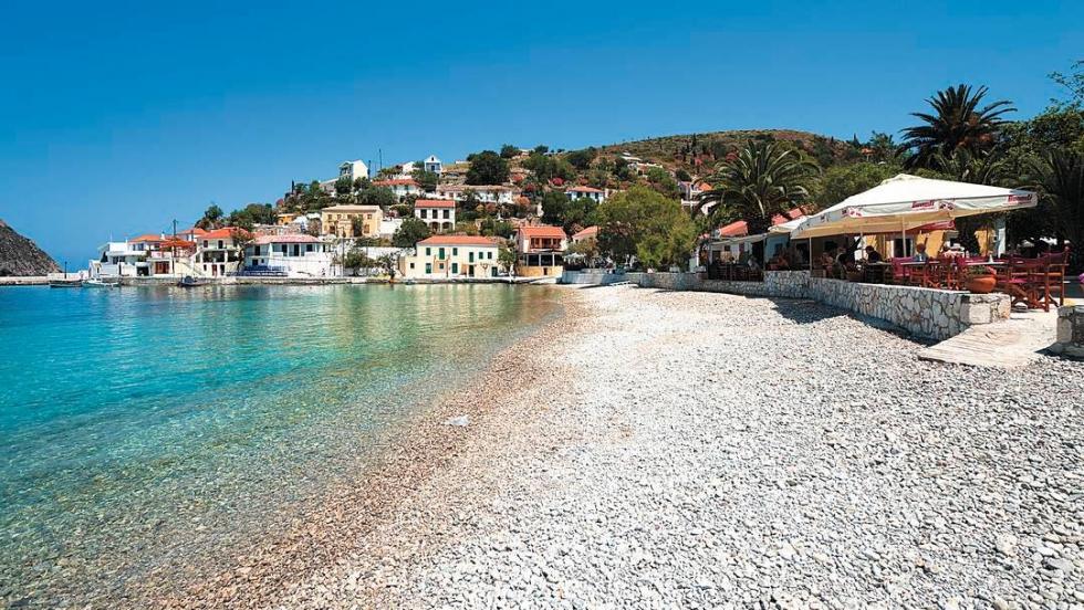 Assos – a Pleasant Retreat on Kefalonia Island, Greece