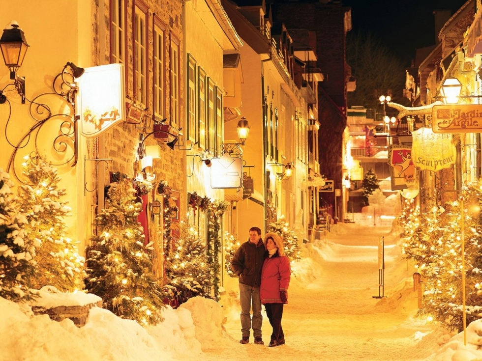 Embrace Christmas Spirit In Beautiful Quebec City Canada Places - Best places to vacation at christmas time