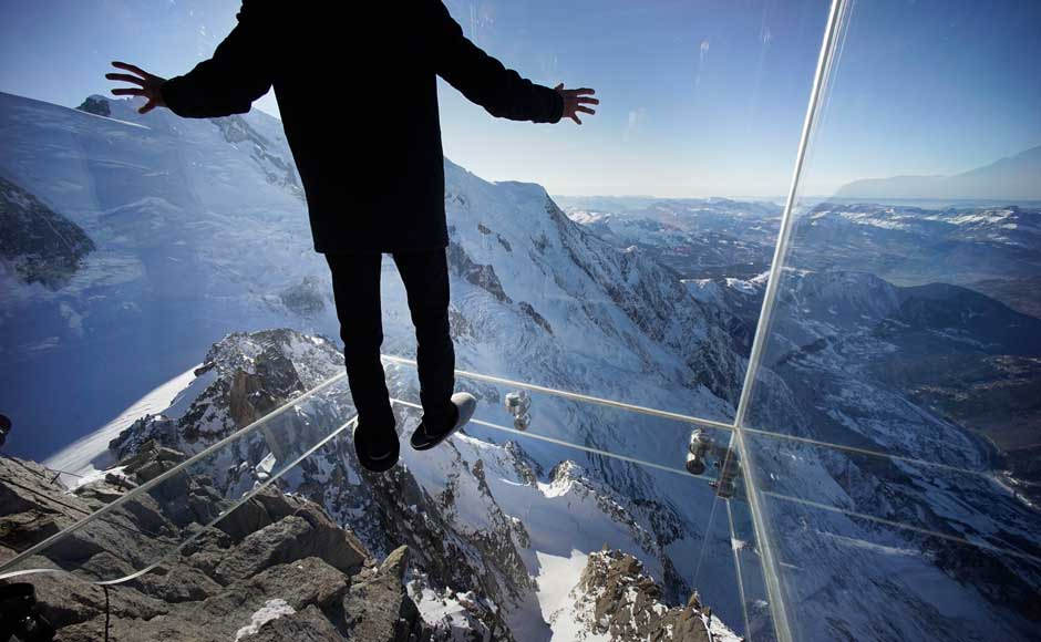 Step Into the Void – a Breathtaking Glass Skywalk in the Alps, France