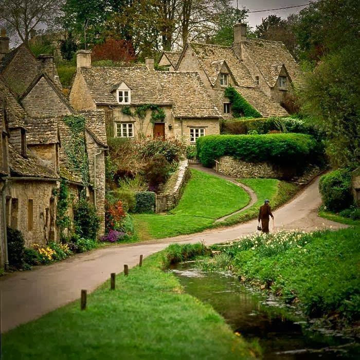 A Postcard Beautiful English Village Of Bibury Uk Places To See In Your Lifetime