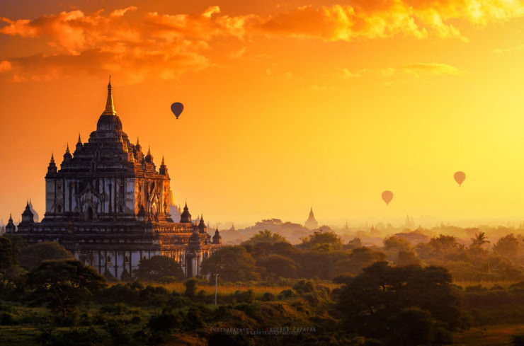 Top 10 Hot Air Ballooning-bagan-Photo by Anuparb Papapan