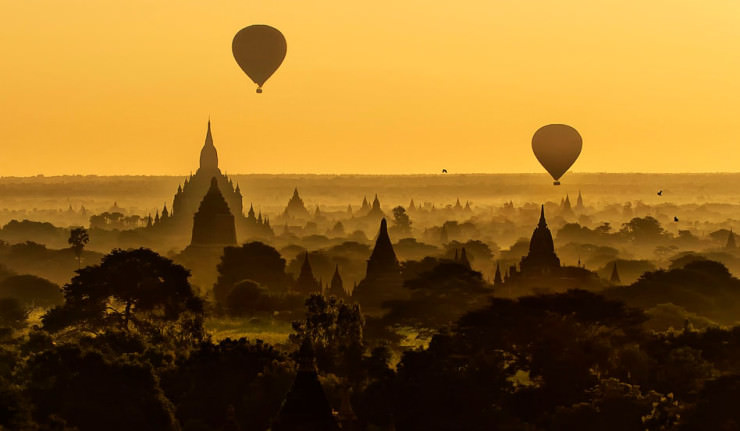 Top 10 Hot Air Ballooning-bagan-Photo by CS-Tjandra