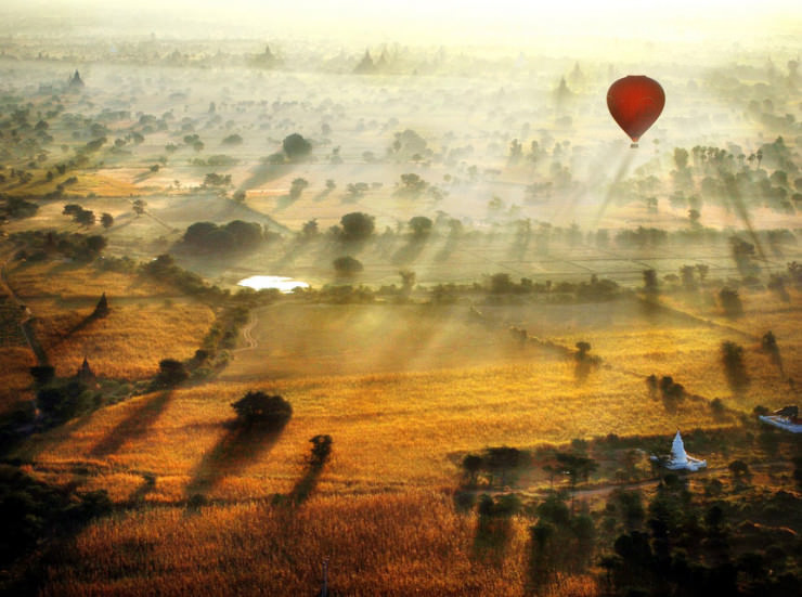 Top 10 Hot Air Ballooning-bagan-Photo by Navalarp Teratanatorn