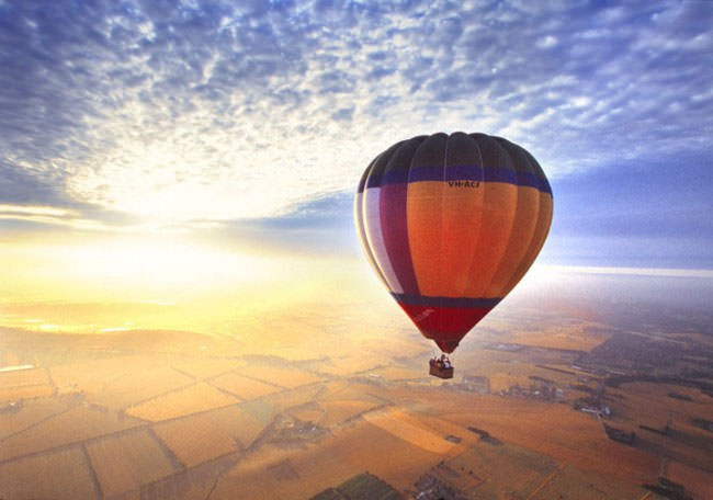 Top 10 Hot Air Ballooning-yarra3