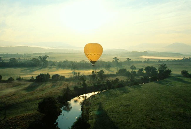 Top 10 Hot Air Ballooning-yarra5