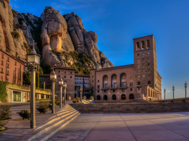 Top 10 Monasteries-Spain-Photo by Albert Vàzquez