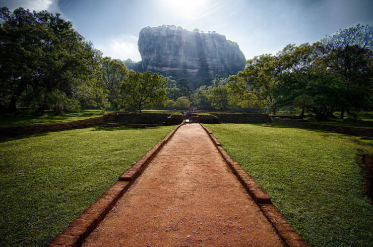 Top 10 Monasteries-Sri Lanka-Photo by Nicolas Pelletier