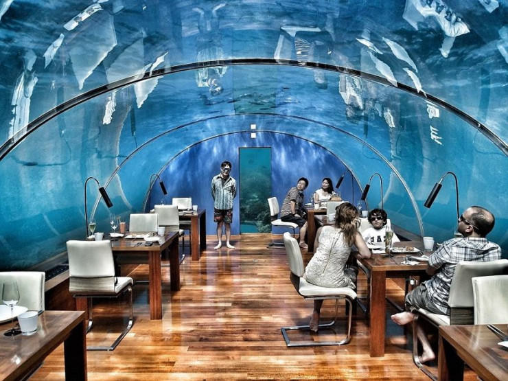 Ithaa Restaurant2