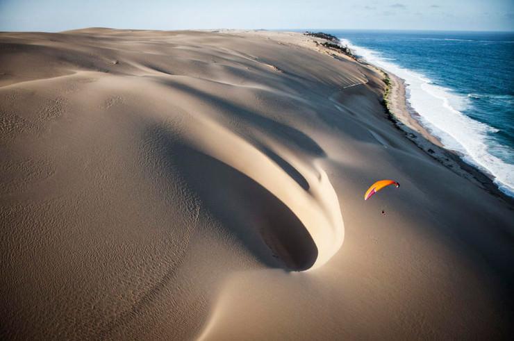 Top 10 Paragliding Sites-Bazaruto-Photo by Jody MacDonald3