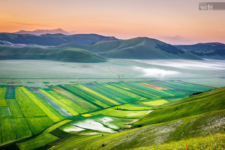 Top 10 Paragliding Sites-Castelluccio-Photo by Francesco Riccardo Iacomino2