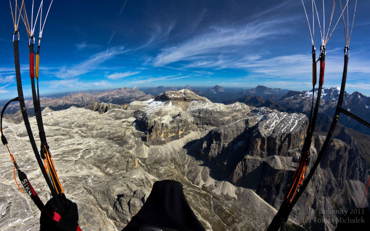 Top 10 Paragliding Sites-Dolomiti-Photo by Tomas Michalek