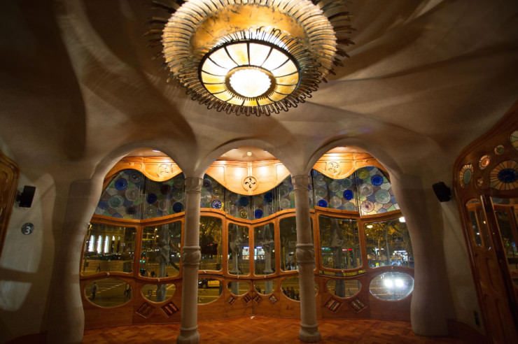 Top 10 Spiral-Casa Batlló-Photo by Justin Fritts