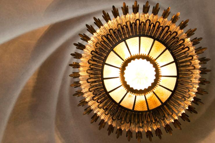Top 10 Spiral-Casa Batlló-Photo by Laurent Dupont