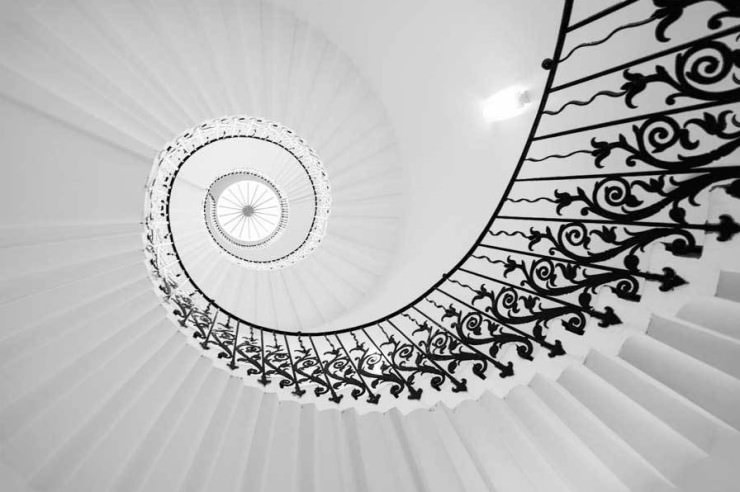 Top 10 Spiral-Tulip Stairs-Photo by Alex López