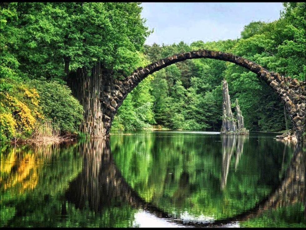 Rakotzbrücke – a Circular Optical Illusion in Kromlau, Germany