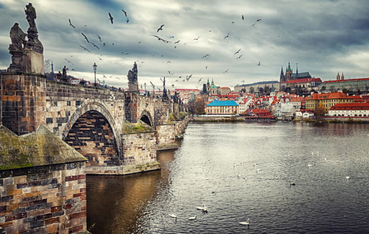 Charles Bridge-Photo by Nermin Smajić