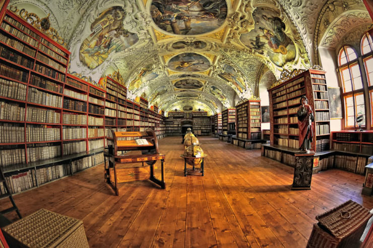 Clementinum National Library-Photo by Ernest Glez. Roda