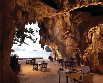 The Grotto – a Romantic Restaurant on the Beach in Thailand