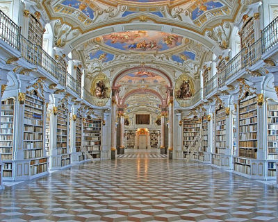 Top 10 Libraries and Bookstores