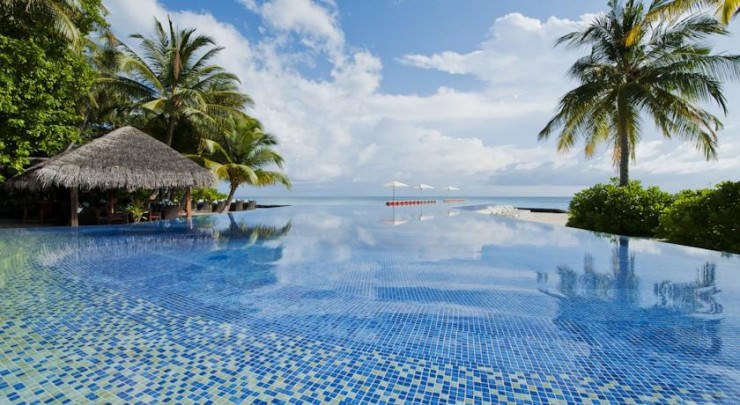 Top 10 Resorts in Maldives-Photo by Kuramathi Island Resort