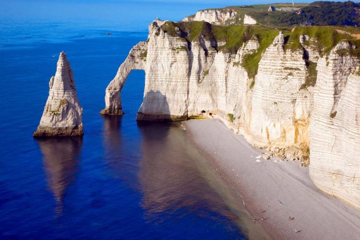 Top 10 Rock Formations-Étretat-Photo by Jean-Luc Bohin