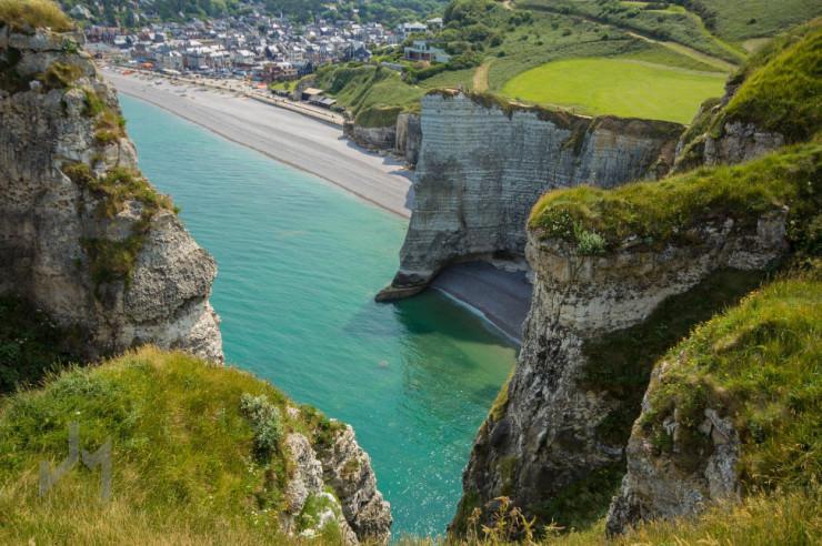 Top 10 Rock Formations-Étretat-Photo by John Monster
