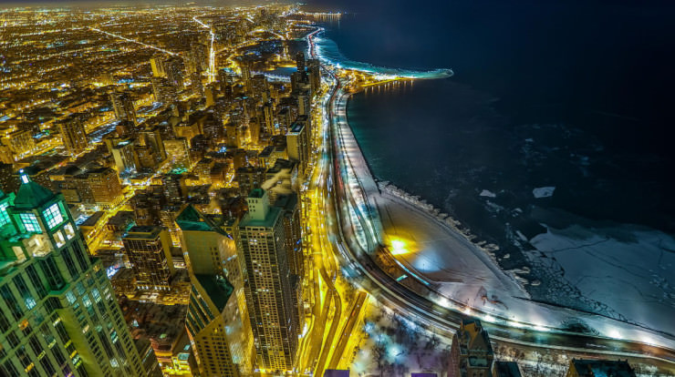 Top 10 Scenic Rides-Chicago-Photo by Steven Suwatanapongched
