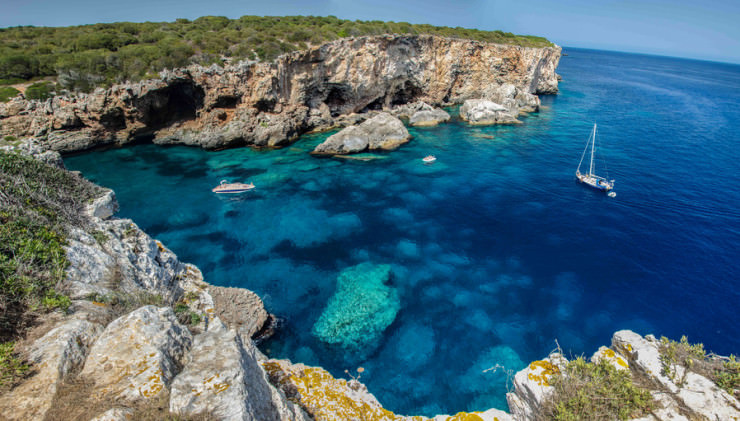 Top 10 Unusual Beaches-Menorca-Carles Alonso