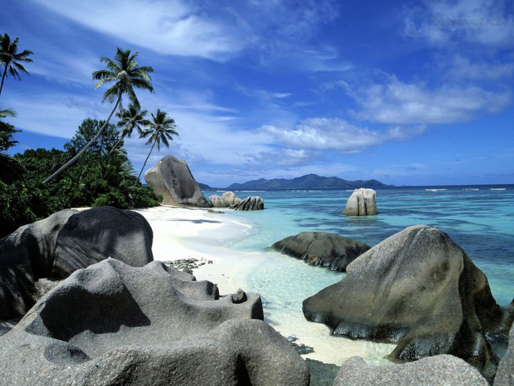 Top 10 Unusual Beaches-Seychelles5