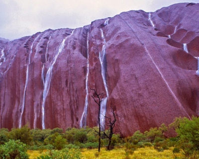 Rare Uluru Waterfalls Spotted in Australia