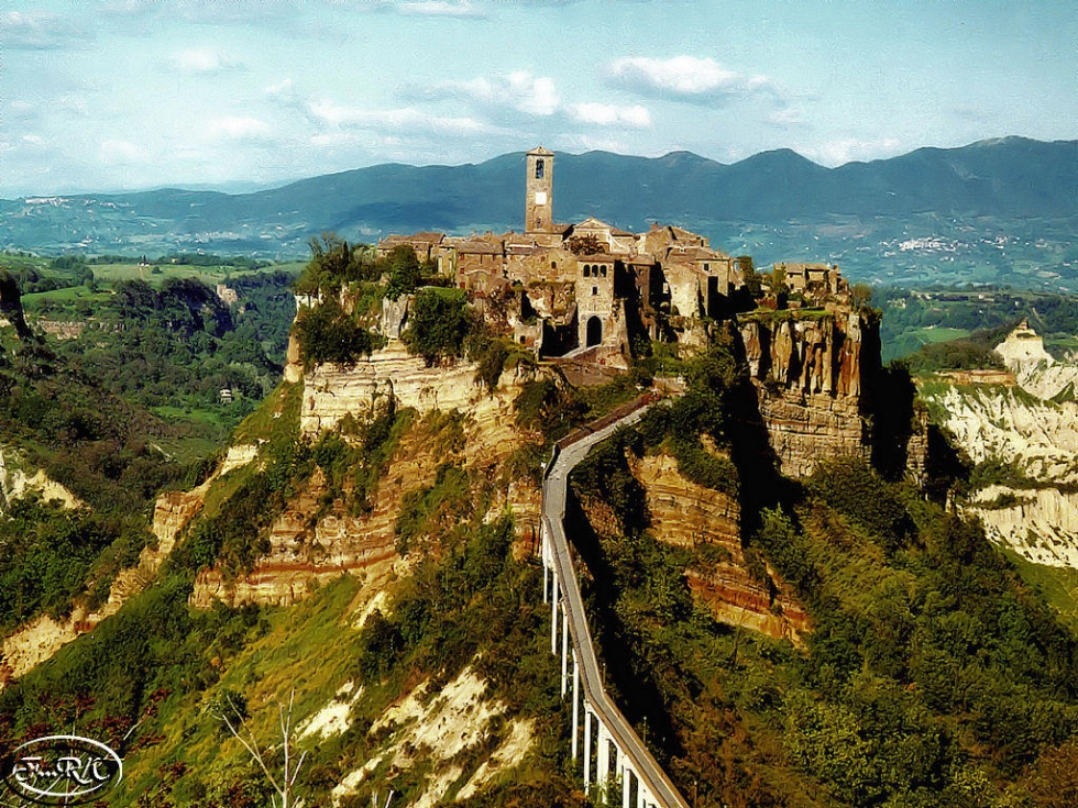Civita di Bagnoregio – Ancient Endangered Hill Town in ...