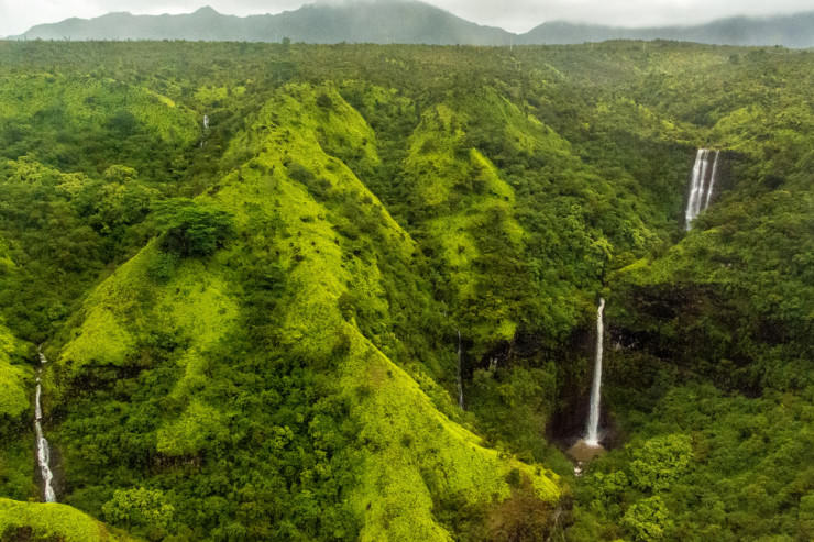 Top 29 Hawaii-Waterfalls in Kauai-Photo by Abhishek Roy