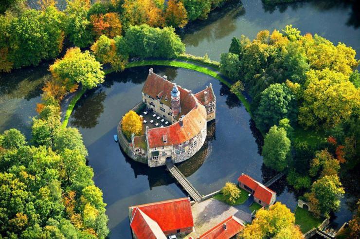 Top 10 Castles-Vischering