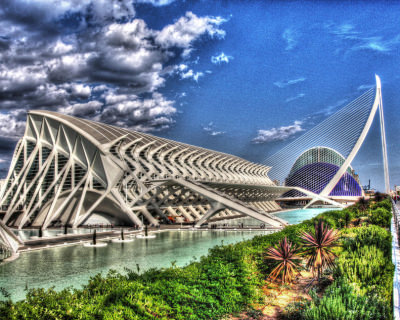 29 Impressive Geometric Structures