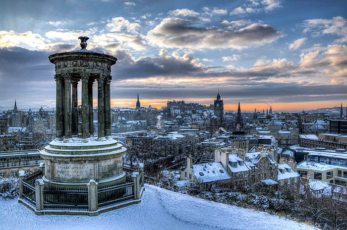Top Edinburgh-Calton-Photo by Pedro L Gili