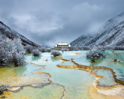 Huanglong – Unique Yellow Dragon Pools in China
