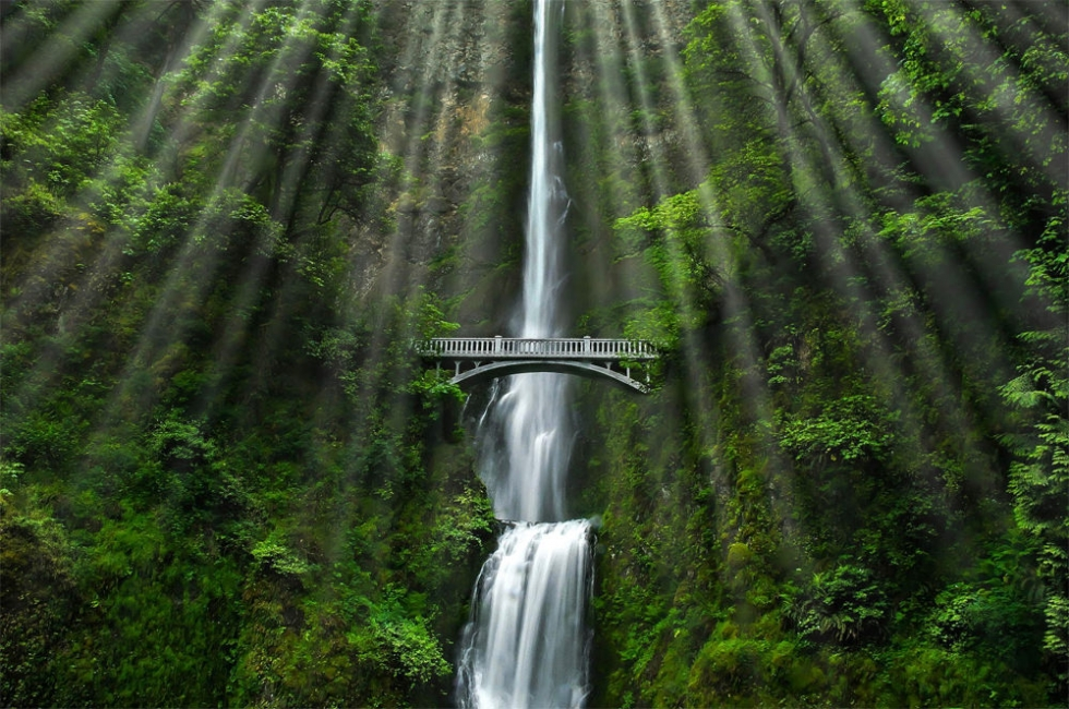 Multnomah Falls – a Double Natural Wonder in Oregon, USA