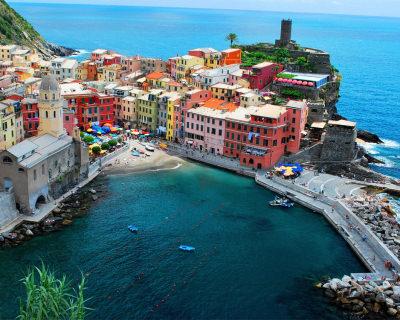 Vernazza – a Romantic Cinque Terre Town in Italy
