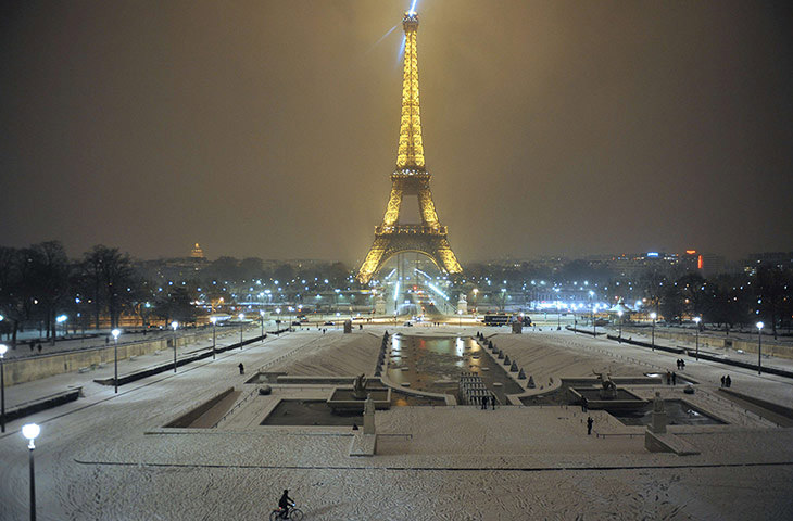 Paris in Winter-Photo by Mehdi Fedouach