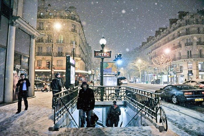 Paris in Winter-Photo by Zacharie Scheurer
