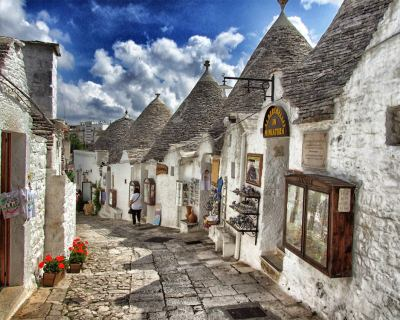 Alberobello – Ancient Town of Trulli in Italy