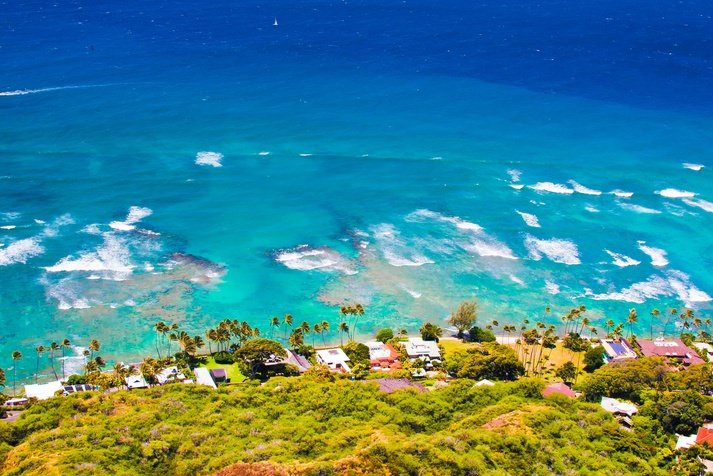 Top 10 City Beaches-Hawaii-Photo by Lorcel